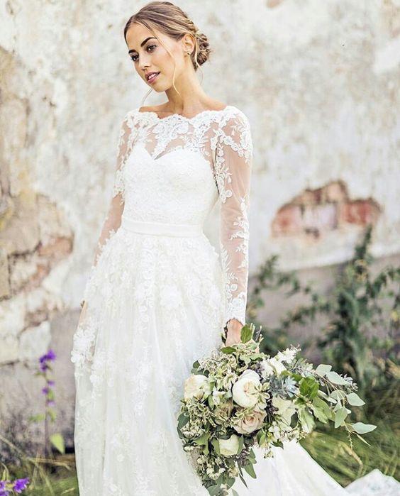 7c4da40422a0 Kenza Zouiten valde också en drömklänning från Ida Sjöstedt på sitt bröllop.